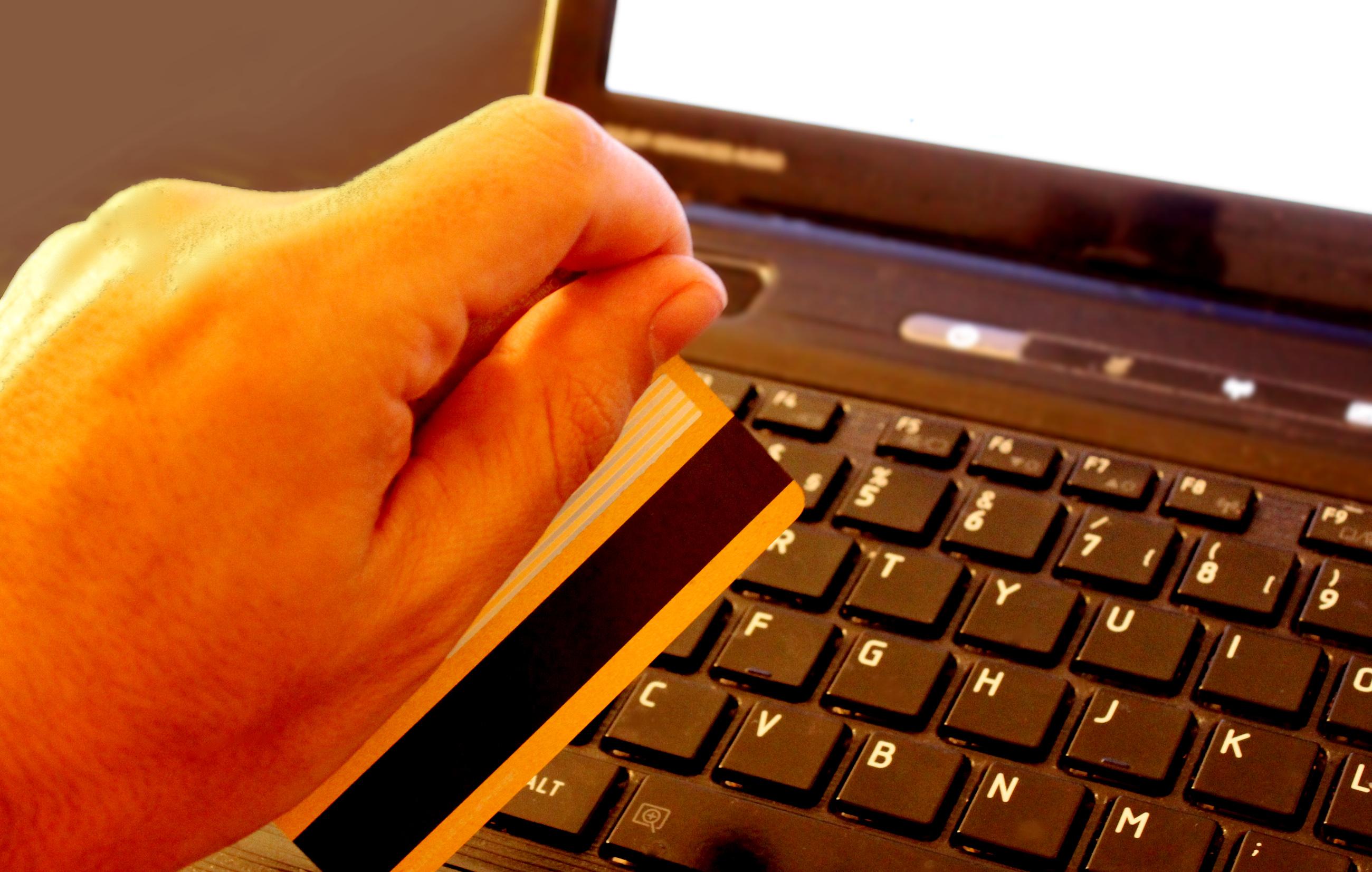 Vanlige kredittkortgebyr du må kjenne til